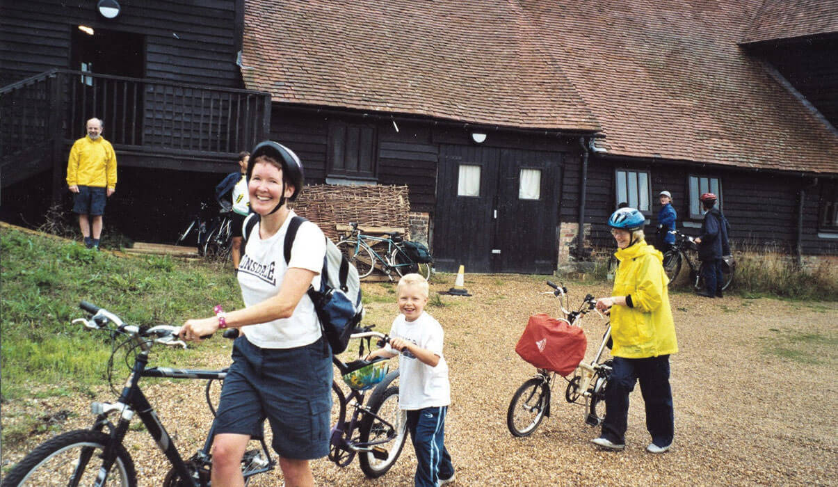 Cycle Touring to Puttenham Camping Barn