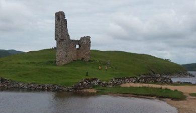 Ardveck Castle by Inchnadamph Lodge
