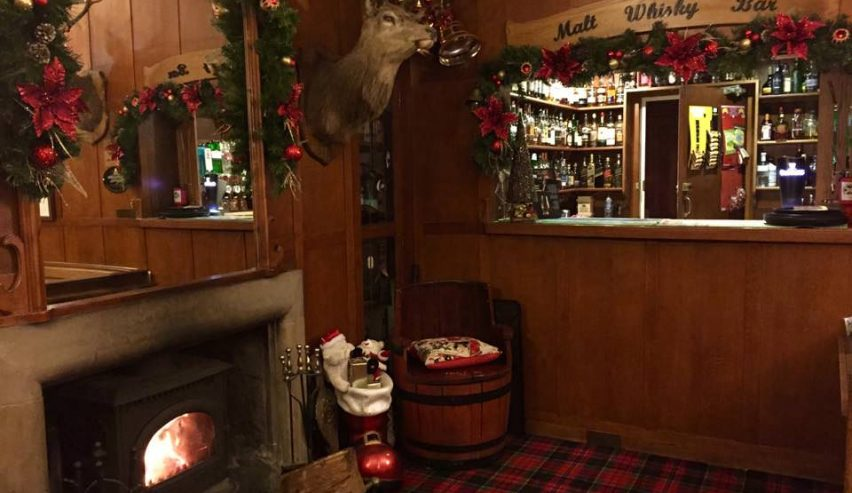 braemar lodge bunkhouse christmas