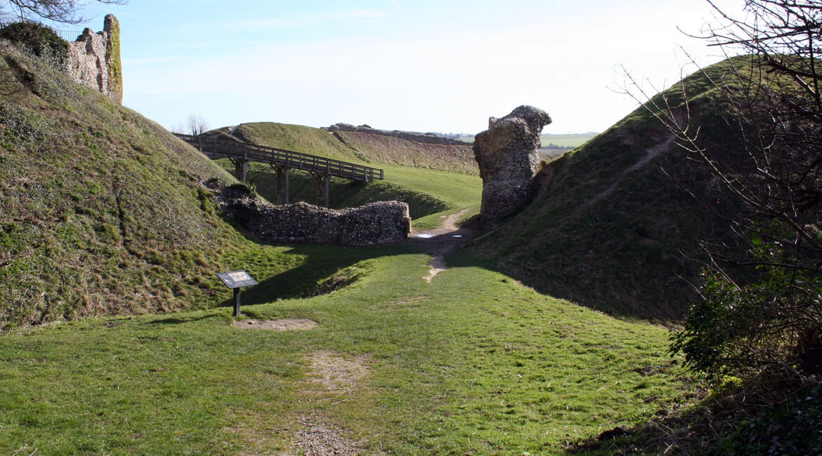 old red lion castle acre