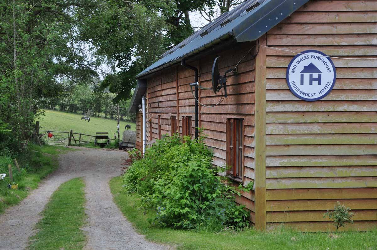 mid wales bunkhouse with ihuk sign