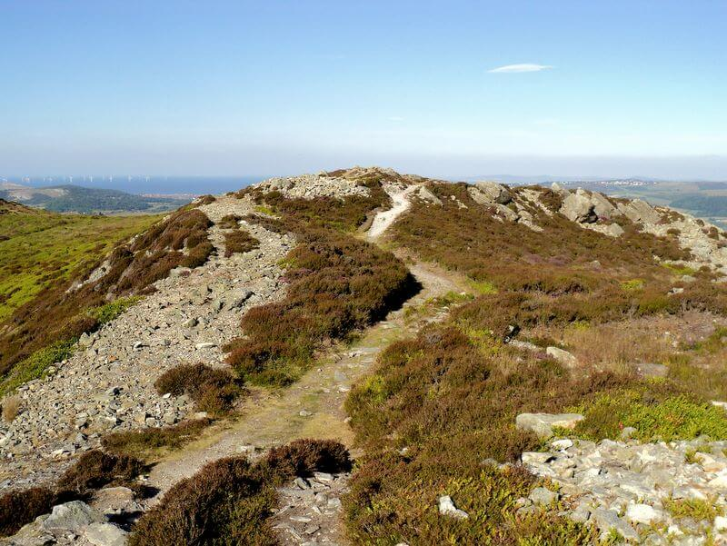 Cambrian Way Summit of Conwy Mountain sychnant Pass