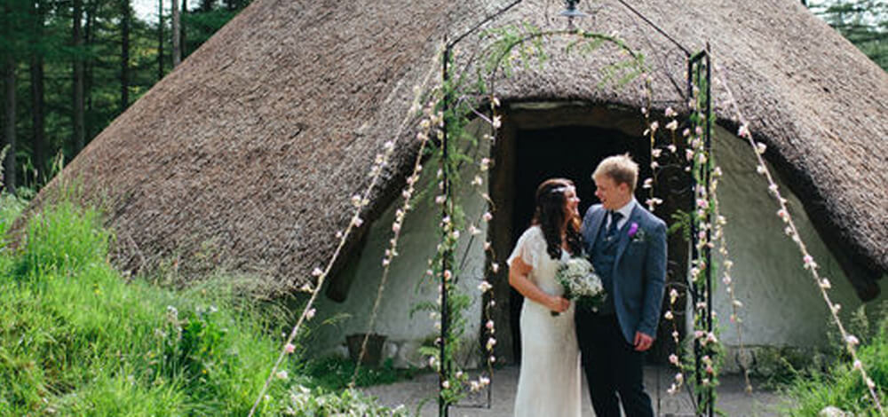 alternative wedding in a roundhouse at marthrown
