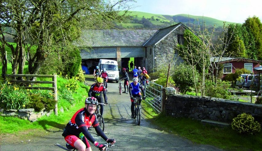 Beili Neuadd Bunkhouse - dog friendly accommodation - national cycling routes
