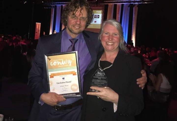 Llandudno Hostel wins Best Customer focus