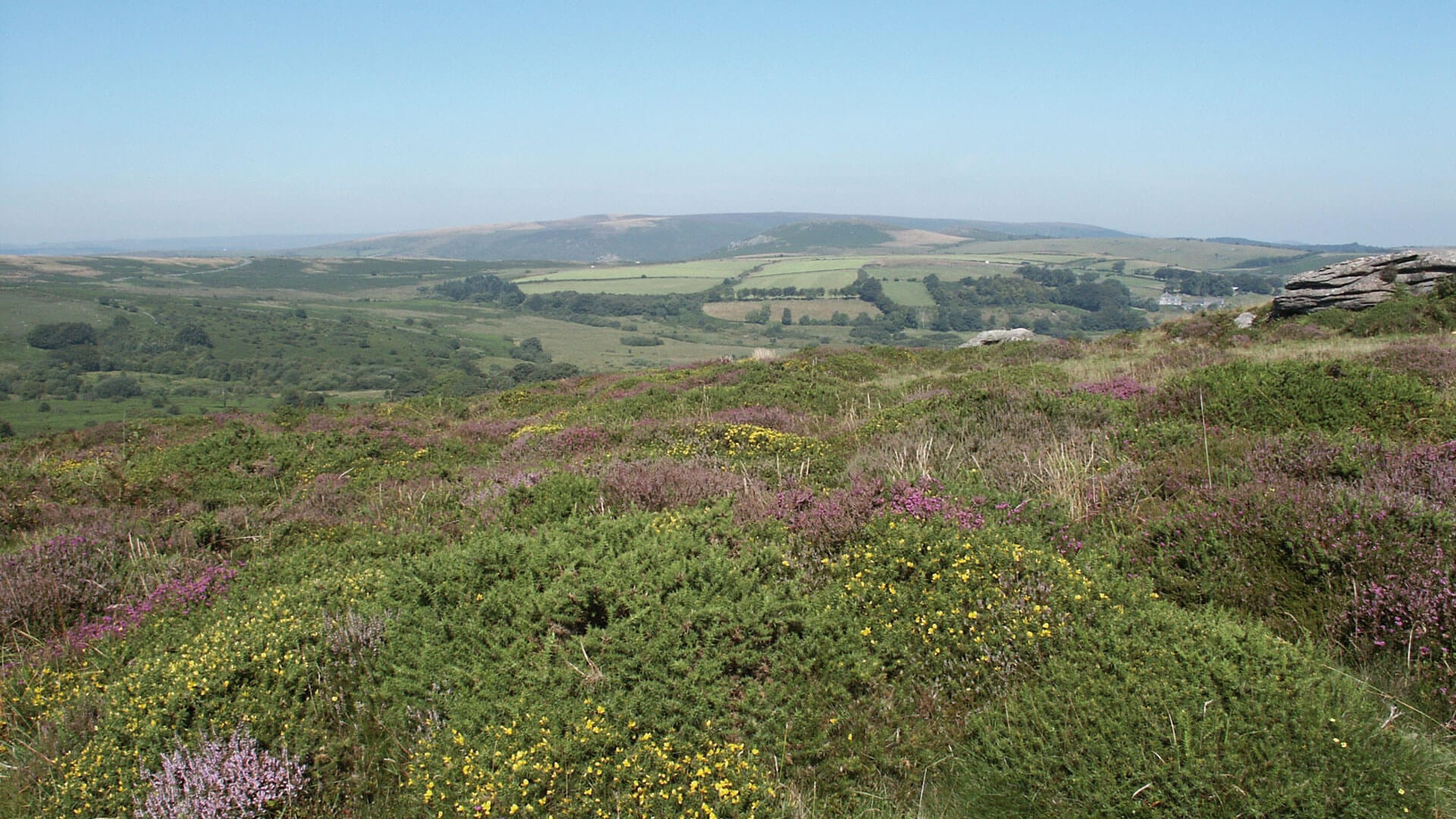 dartmoor-national-park-and-exmoor-national-park