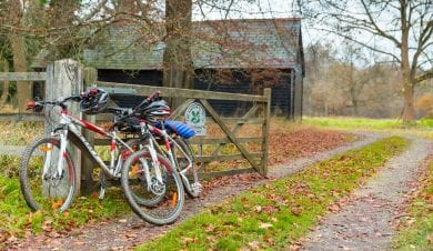 Chilterns Bunkhouse - NCN - group accommodation - self catered - dog friendly