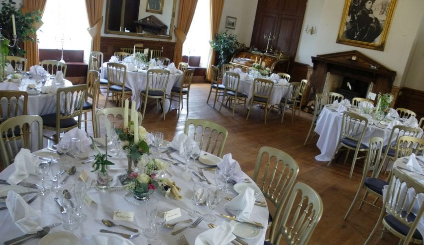 Craig Y Nos Castle - Wedding Venue - Independent hostel