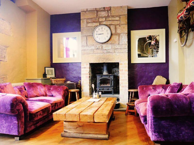 Tomlinsons Cafe and Bunkhouse - Independent Hostel - Alnwick Castle - Northumbria
