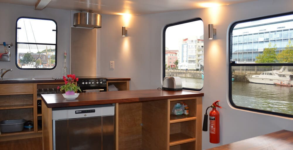 Kitchen at Kyle Blue hostel style accommodation in Bristol Harbour