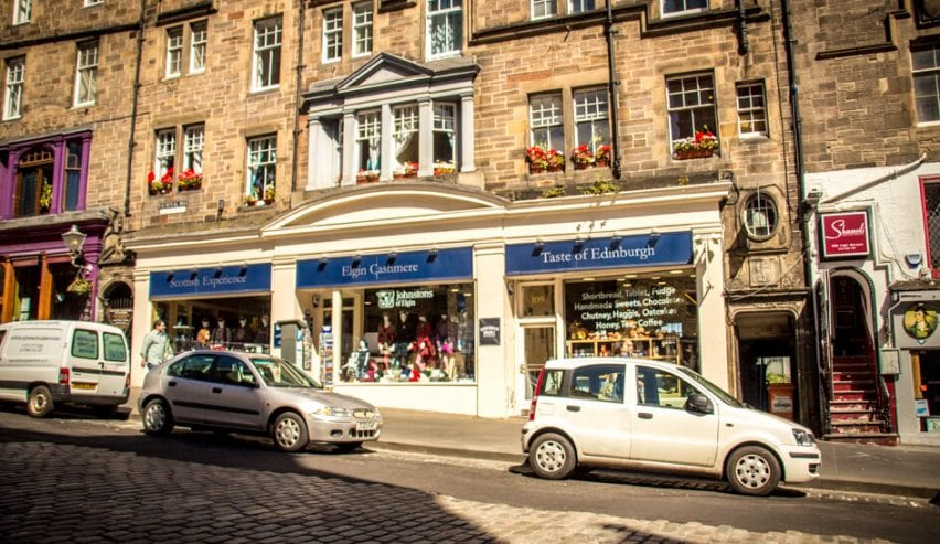 Royal Mile - independent hostel - Edinburgh Castle - Old town