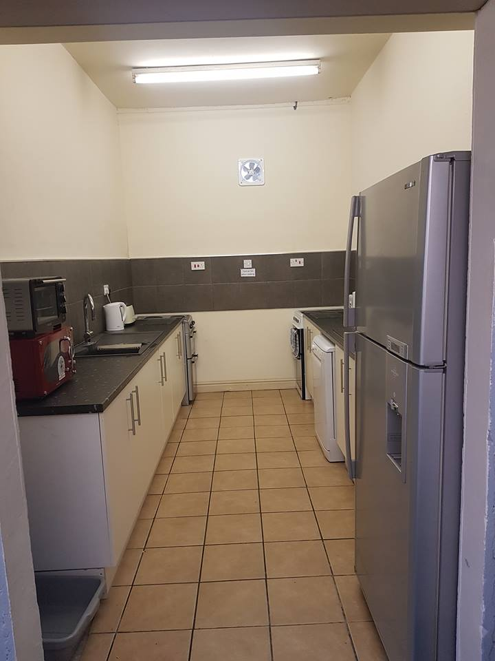 refurbished kitchen at roaches bunkhouse