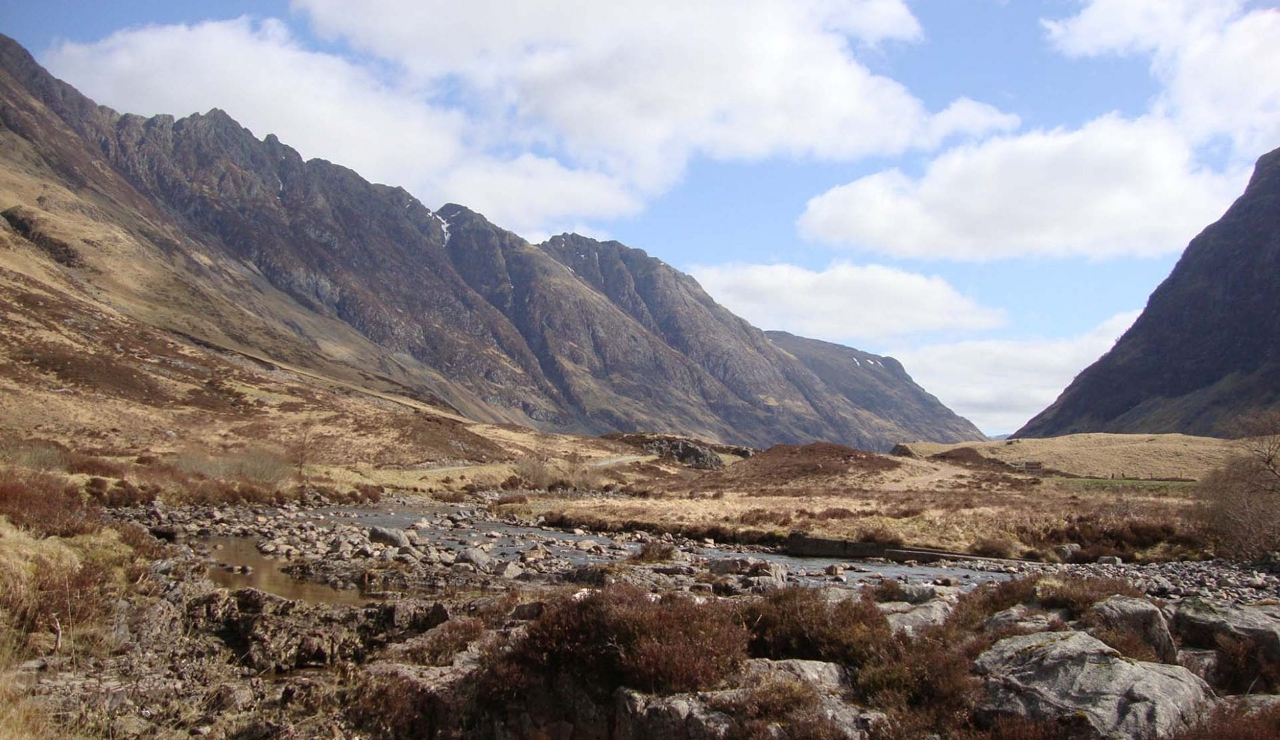 The views around Glencoe Independent Hostel