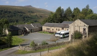 Peak District Derbyshire Dales Bunkhouses Camping Barns