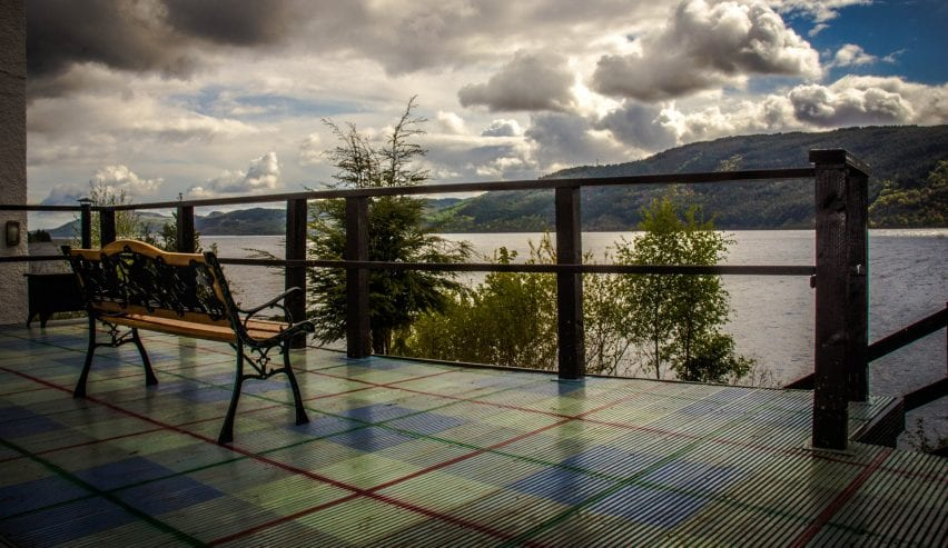 The Lochside Hostel - beautiful view of the loch