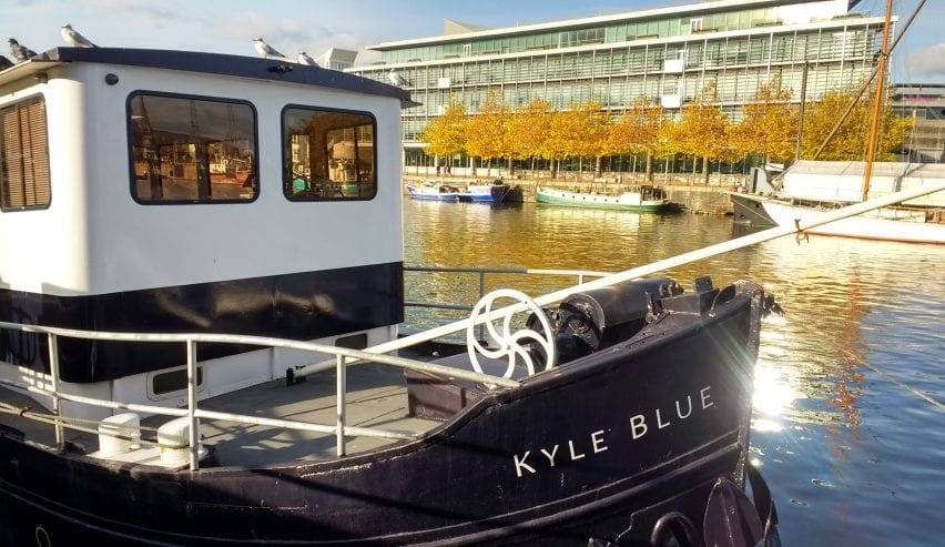Kyke Blue House Boat Hostel in Bristol