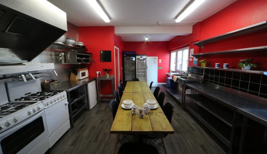 Self catering kitchen at Ocean Backpackers, Ilfracombe, Devon