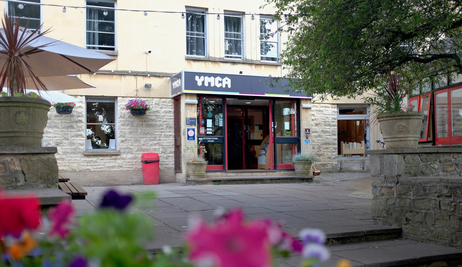 Bath YMCA large backpackers hostel in Bath