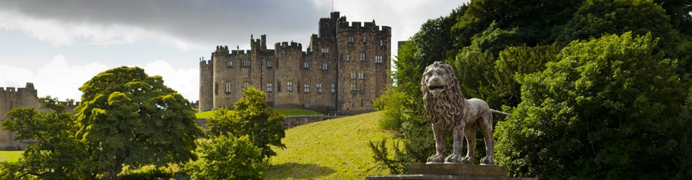 Alnwick Castle near to Alnwick Youth Hostel