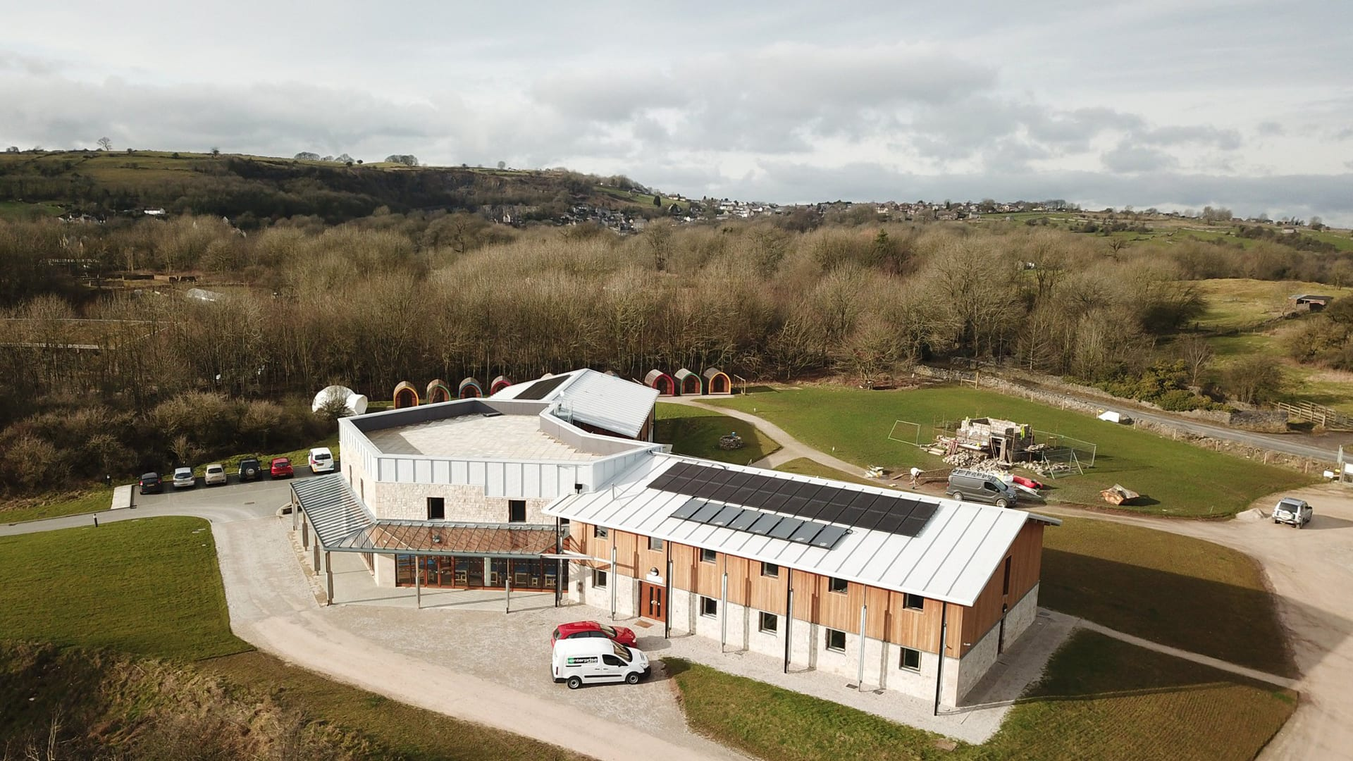 Mount Cook Adventure Centre and Hostel. Large Group accommodation in the Peak District