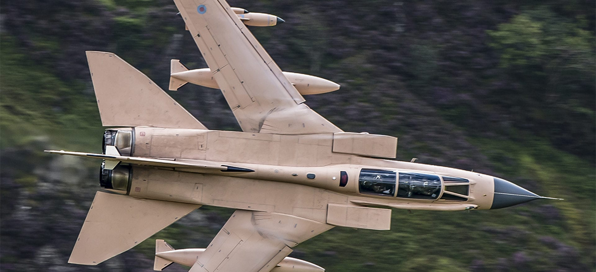 Low flying aircraft on the Mach loop near Torrent Walk Bunkhouse