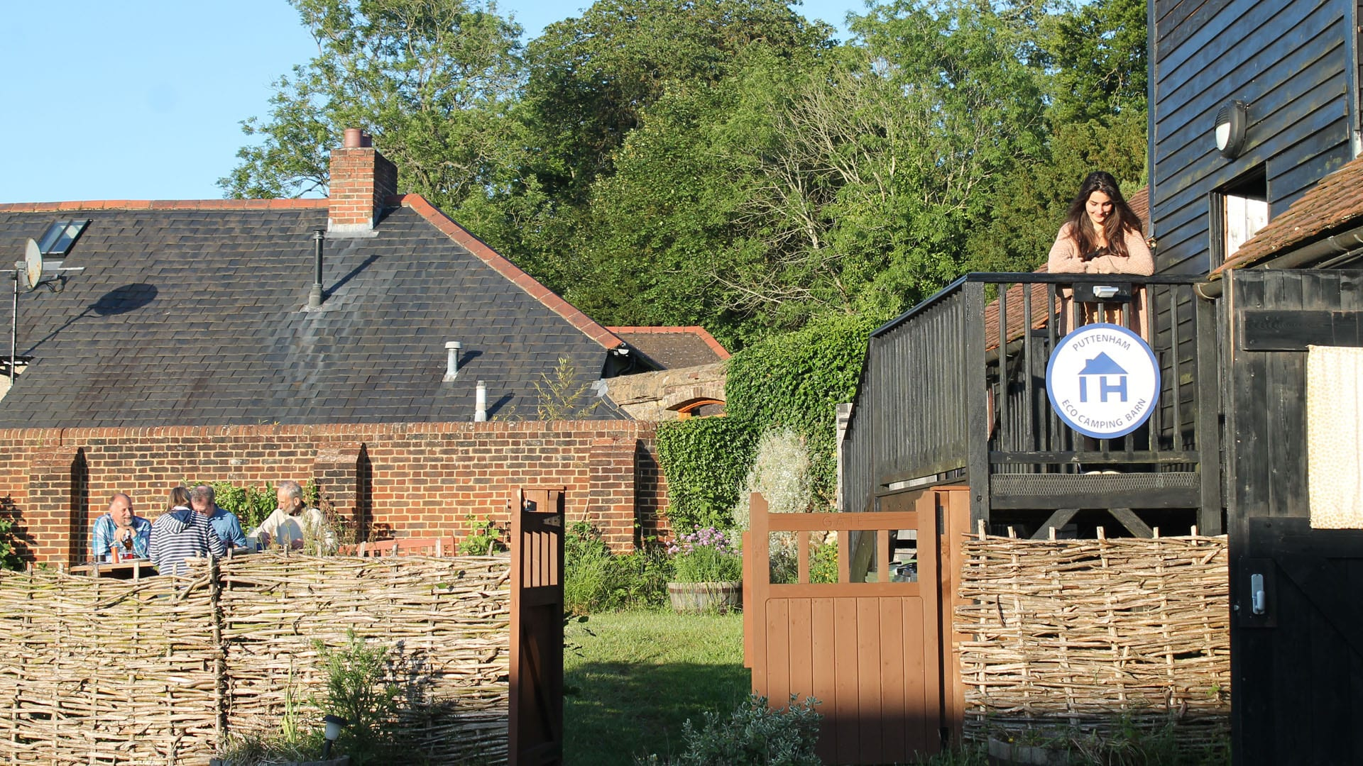 Puttenham Barn part of IHUK's Hoste a Blogger Scheme