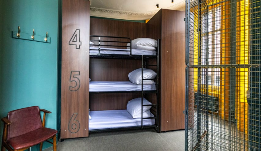 bunks at publove white ferry Inn