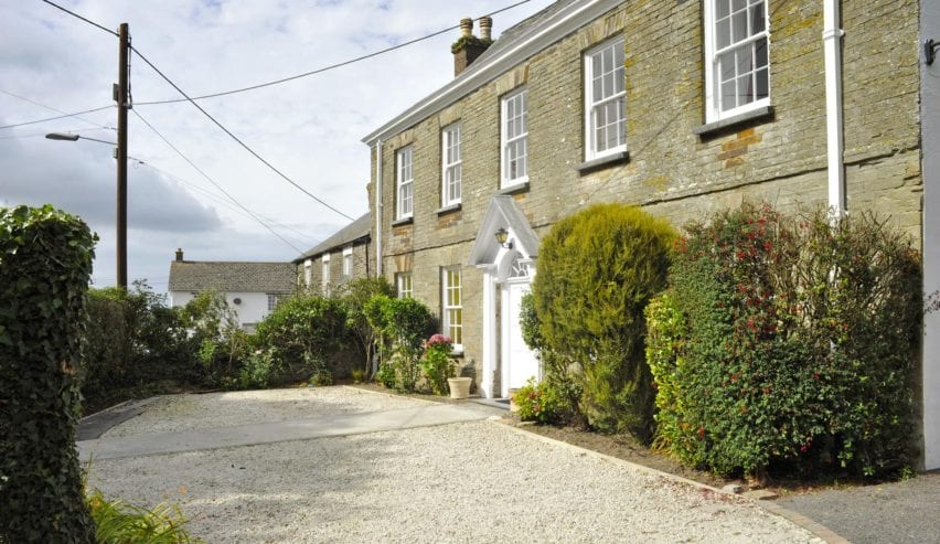 Manor House Activity Centre Hostel Accommodation near Padstow