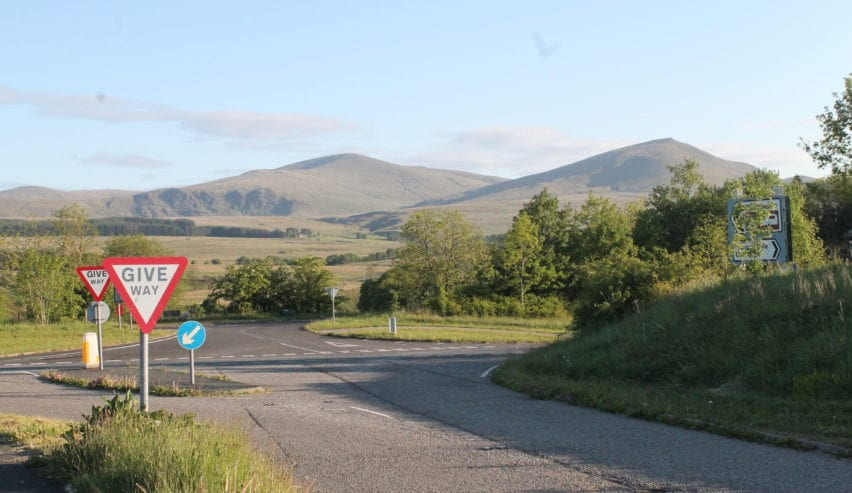 quiet roads ideal for cycling in the north lakes