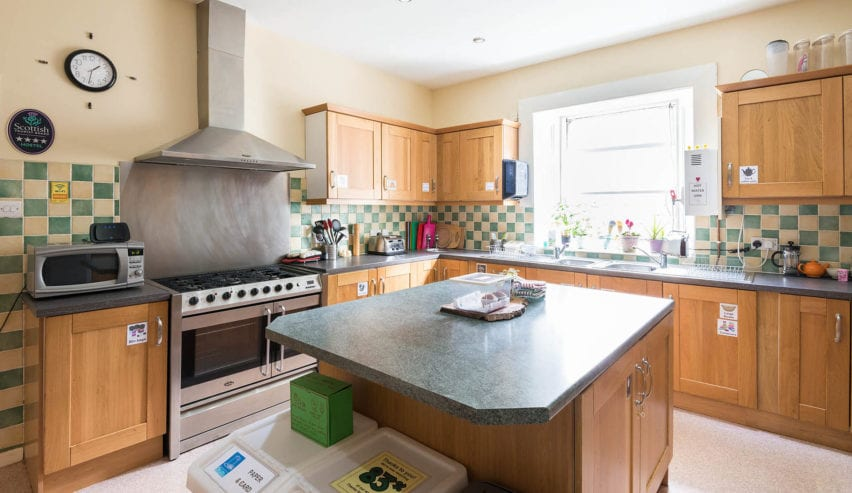 self catering kitchen at Jessie Macs in Pitlochry