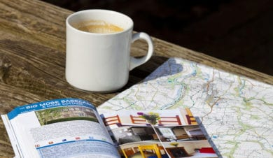IHUK guide, mug and map