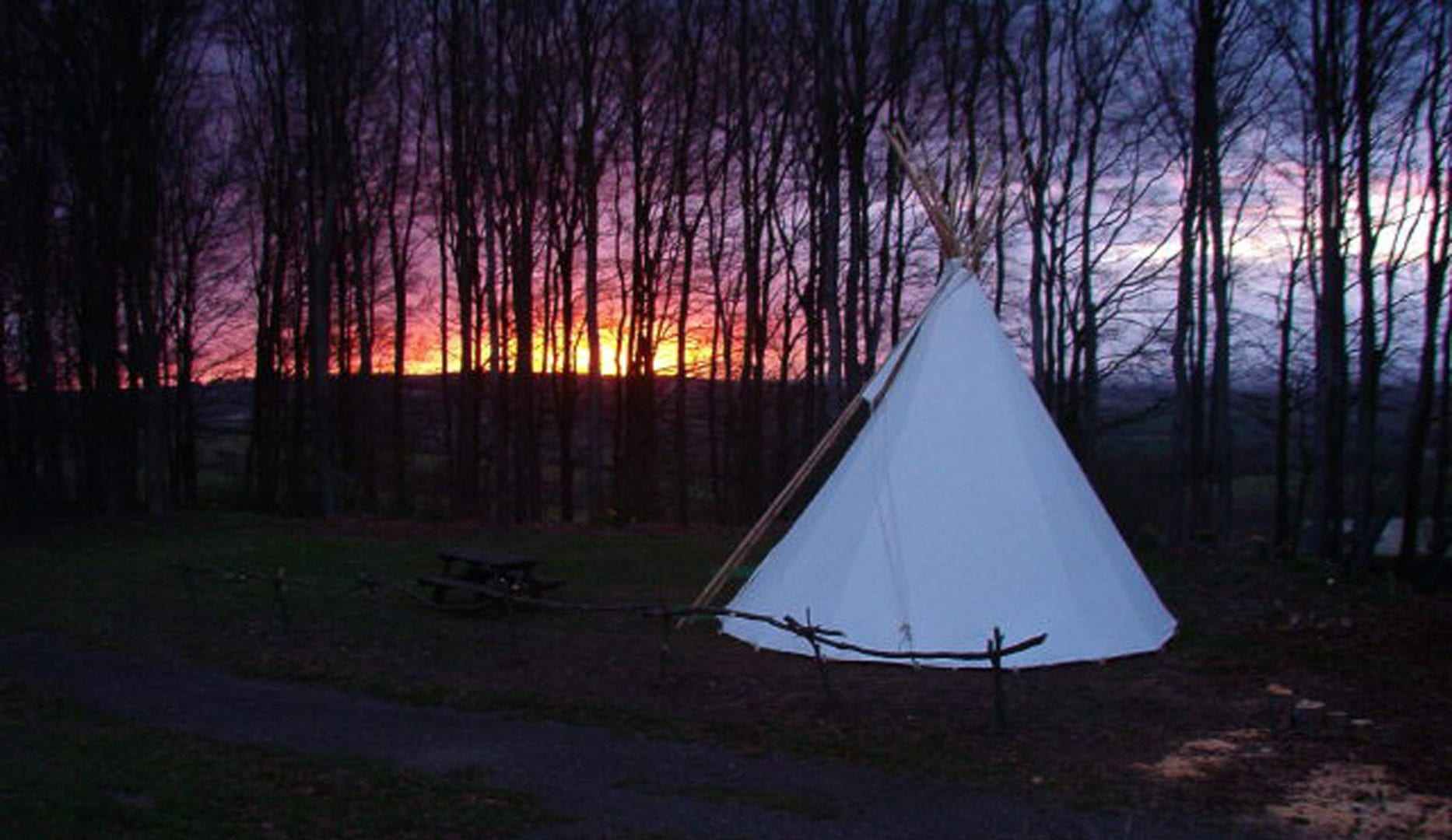 Tipi atat the courthill centre in oxfordshire on the ridegway