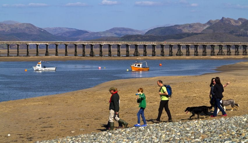 barmouth viaduct will be restored in 2021