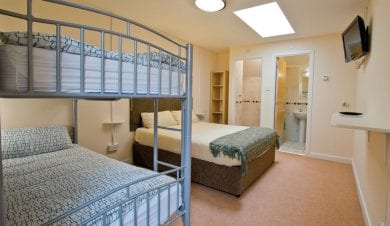 hostels with ensuite rooms