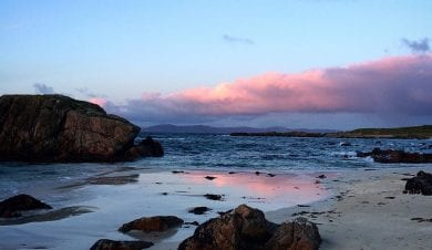 white beaches on iona hebrides island