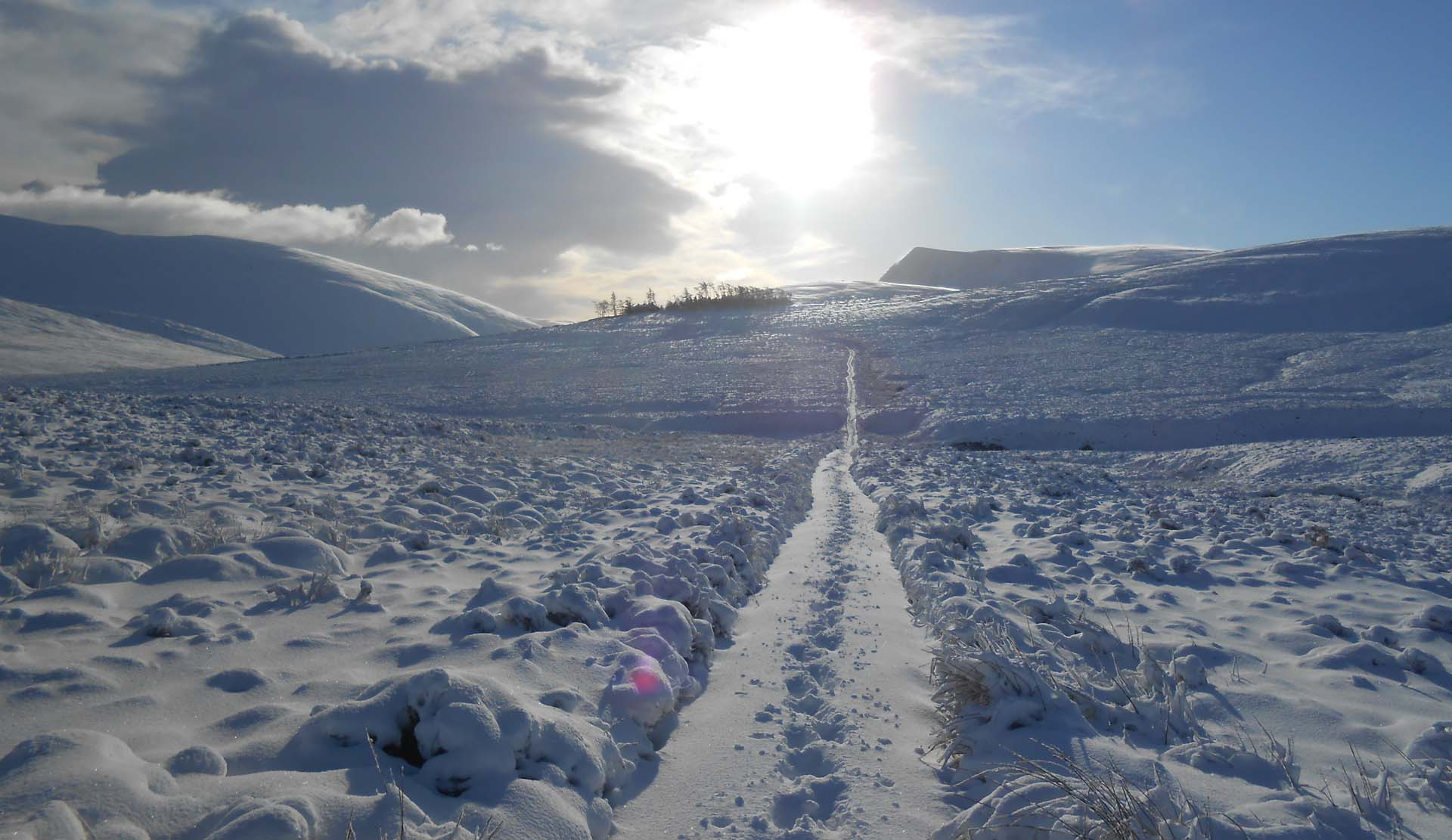 winter snow on skiddaw mountain in the lake district