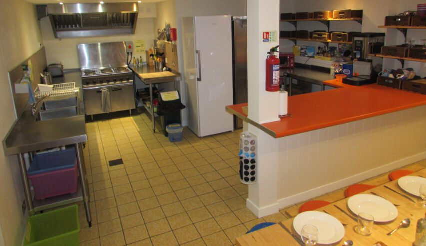 self catering kitchen at Ballater Hostel