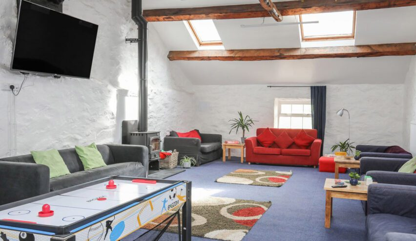 lounge at Brynkir Coach House