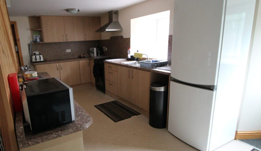 self catering kitchen at haggs bank bunkhouse in the north pennines